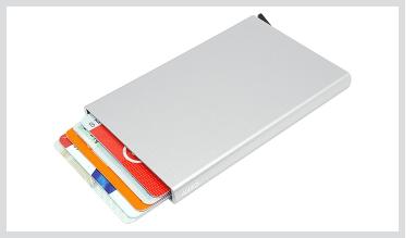 SLIDER Kreditkarten-Etui